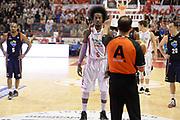 DESCRIZIONE : Pistoia Lega serie A 2013/14 Giorgio Tesi Group Pistoia Acea Roma<br /> GIOCATORE : Ed Daniel Arbitro<br /> CATEGORIA : Arbitro Mani Composizione<br /> SQUADRA : Giorgio Tesi Group Pistoia Arbitro<br /> EVENTO : Campionato Lega Serie A 2013-2014<br /> GARA : Giorgio Tesi Group Pistoia Acea Roma<br /> DATA : 29/12/2013<br /> SPORT : Pallacanestro<br /> AUTORE : Agenzia Ciamillo-Castoria/GiulioCiamillo<br /> Galleria : Lega Seria A 2013-2014<br /> Fotonotizia : Pistoia Lega serie A 2013/14 Giorgio Tesi Group Pistoia Acea Roma<br /> Predefinita :