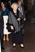 22ste editie van het Nederlands Balletgala van Stichting Dansersfonds '79 in het Nationale Opera & Ballet. Het in 1979 door Alexandra Radius en Han Ebbelaar opgerichte fonds viert dit jaar zijn veertigjarig jubileum. <br /> <br /> Op de foto:  Prinses Beatrix