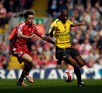 Photo: Jed Wee/Sportsbeat Images.<br /> Liverpool v Arsenal. The Barclays Premiership. 31/03/2007.<br /> <br /> Liverpool's Alvaro Arbeloa (L) tries to keep pace with Arsenal's Abou Diaby.