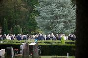 Nederland, Nijmegen, 14-10-2020 Uitvaart, begrafenis. Een islamitische uitvaart op een openbare begraafplaats . Foto: ANP/ Hollandse Hoogte/ Flip Franssen