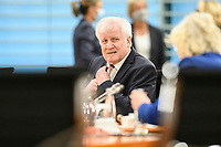07 OCT 2020, BERLIN/GERMANY:<br /> Horst Seehofer, CSU, Bundesinnenminister, vor Beginn der Kabinettsitzung, Internationaler Konferenzsaal, Bundeskanzleramt<br /> IMAGE: 20201007-01-011<br /> KEYWORDS: Sitzung, Kabinett