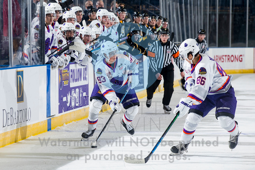 The Youngstown Phantoms lose 5-2 to the Green Bay Gamblers at the Covelli Centre on December 19, 2020.<br /> <br /> Cole Burtch, forward, 93; Kenta Isogai, 86