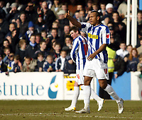 Photo: Chris Ratcliffe.<br />Colchester United v Swindon Town. Coca Cola League 1. 18/03/2006.<br />Chris Iwelumo of Colchester celebrates scoring the opening goal from the spot