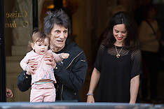 The Rolling Stones are leaving the Georges V Hotel - 25 OCt 2017