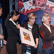 NLD/Amsterdam/20131112 - Presentatie DE Sinterklaasboeken, Michiel Acda, prinses Laurentien en Jan Jutte