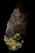 Januaria_MG, Brasil...O Parque Nacional Cavernas do Peruacu abriga mais de 140 cavernas, uma tribo indigena, os Xakriabas e mais de 80 sitios arqueologicos catalogados em Januaria, Minas Gerais. ..Cavernas do Peruacu National Park , there are 140 caves and indigenous tribe, the Xakriaba and more than 80 archaeological sites cataloged in Januaria, Minas Gerais...Foto: LEO DRUMOND / NITRO