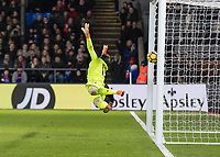 Football - 2017 / 2018 Premier League - Crystal Palace vs. Manchester United<br /> <br /> Wayne Hennessey (Crystal Palace) is powerless to stop the drive from Nemanja Matic (Manchester United) as he scores the winning goal at Selhurst Park.<br /> <br /> COLORSPORT/DANIEL BEARHAM