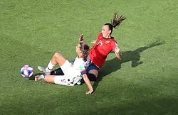 USA's Tobin Heath (left) and Spain's Virginia Torrecilla battle for the ball