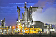 Nederland, Netherlands, Geleen, 10-9-2017Chemische fabriek van DSM. Camelot bedrijfsterrein.Foto: Flip Franssen