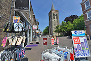 Nederland, Ede, 28-5-2017Sinds een jaar zijn de winkels in deze plaats in de nederlandse biblebelt ook op zondag geopend. Er wordt maar weinig gebruik van gemaakt. Vanwege geloofsovertuiging was er veel weerstand tegen dit besluit van de gemeenteraad.