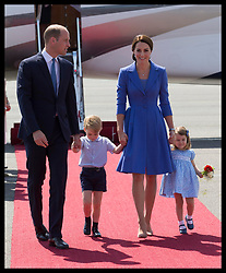 July 19, 2017 - Berlin, Germany - Image licensed to i-Images Picture Agency. 19/07/2017. Berlin, Germany. The Duke and Duchess of Cambridge with Prince George and Princess Charlotte arriving at Berlin airport in Germany on the third day of their Royal tour. Picture by Stephen Lock / i-Images (Credit Image: © Stephen Lock/i-Images via ZUMA Press)