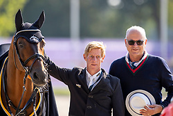 Ehning Marcus, GER, Comme Il Faut 5, owner Hubert Vornholt<br /> Farewell from the sport<br /> European Championship Riesenbeck 2021<br /> © Hippo Foto - Dirk Caremans<br /> 04/09/2021