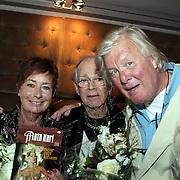 NLD/Amsterdam/20080904 - Presentatie DVDbox tvserie Mata Hari, Josine van Dalsum en henk van Ulsen en partner John van der Rest