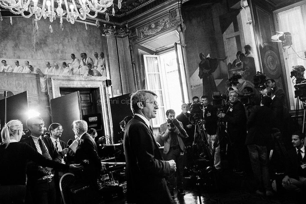 ROME, ITALY - 4 October 2013: La giunta delle elezioni e immunità parlamentari, presieduta da Dario Stefano, si riunisce nella sala Koch per decidere sulla decadenza del Senatore Silvio Berlusconi, a Rome il 4 ottobre 2013.in Naples, Italy, on November 25th, 2013.