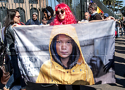 March 23, 2019 - Rome, Italy, Italy - About 100 thousand people participated in Rome in the ''climate march'' organized by territorial committees, movements and associations that are fighting throughout Italy against environmental devastation and claiming actions capable of countering global warming even by stopping unnecessary major works and damaging and safeguarding the territories from looting in the name of profit. (Credit Image: © Patrizia Cortellessa/Pacific Press via ZUMA Wire)