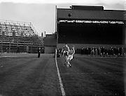 24/04/1957<br /> 04/24/1957<br /> 24 April 1957<br /> Soccer Top Four Competition  Semi-Final: Evergreen Utd v Sligo Rovers at Dalymount Park, Dublin.