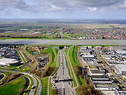 Nederland, Zuid-Holland, Dordrecht, 25-02-2020; Kiltunnel ofwel Tunnel Dordtsche Kil, gezien richting Hoeksche Waard. N217 naar 's-Gravendeel.<br /> Kiltunnel or Tunnel Dordtse Kil, seen in the direction of Hoeksche Waard.<br /> luchtfoto (toeslag op standard tarieven);<br /> aerial photo (additional fee required)<br /> copyright © 2020 foto/photo Siebe Swart