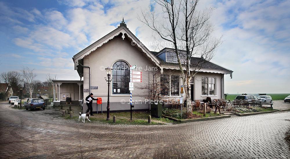 Nederland, Holysloot , 30 oktober 2014.<br /> Het dorpshuis aan de Dorpstraat in Holysloot, een dorpje net buiten Amsterdam.<br /> The small village Holysloot just north of Amsterdam