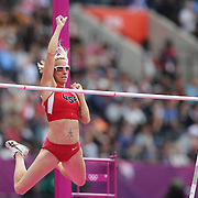 Becky Holliday, USA, qualifying for the Women's Pole Vault Final at the Olympic Stadium, Olympic Park, during the London 2012 Olympic games. London, UK. 4th August 2012. Photo Tim Clayton