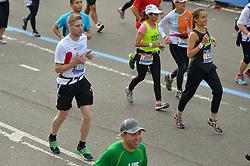 01-11-2015 USA: NYC Marathon We Run 2 Change Diabetes day 4, New York<br /> De dag van de marathon, 42 km en 195 meter door de straten van Staten Island, Brooklyn, Queens, The Bronx en Manhattan / Tom