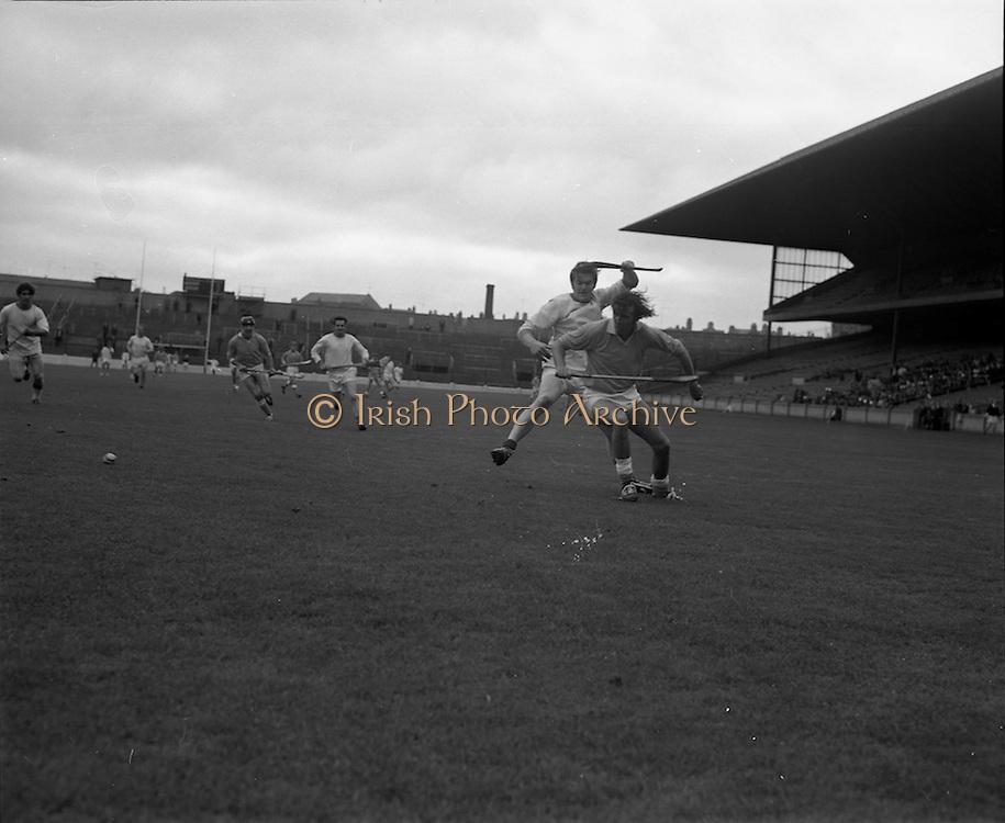 04/10/1970<br /> 10/04/1970<br /> 10 April 1970<br /> All-Ireland Intermediate Hurling Final: Antrim v Warwickshire at Croke Park, Dublin.