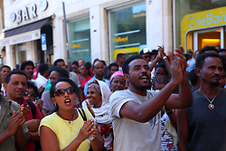 August 21, 2017 - Rome, Italy - Hundreds of migrants at the Independence Square in Rome protesting after the evacuation of the building occupied in October 2013. (Credit Image: © Matteo Nardone/Pacific Press via ZUMA Wire)