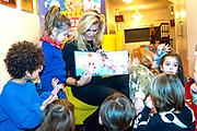 Perspresentatie sinterklaasboeken met Rafael van der Vaart, Nicolette van Dam en Wendy van Dijk in Theater Carre.<br /> <br /> Op de foto:  Nicolette van Dam