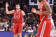 DESCRIZIONE :  Lega A 2014-15  Banco di Sardegna Sassari - EA7 Milano playoff Semifinale gara 3 <br /> GIOCATORE : Gentile Alessandro<br /> CATEGORIA : Low Mani  Esultanza Mani <br /> SQUADRA : EA7 Milano<br /> EVENTO : PlayOff Semifinale gara 3<br /> GARA : Banco di Sardegna Sassari - EA7 Milano PlayOff Semifinale Gara 3<br /> DATA : 02/06/2015 <br /> SPORT : Pallacanestro <br /> AUTORE : Agenzia Ciamillo-Castoria/Richard Morgano<br /> Galleria : Lega Basket A 2014-2015 Fotonotizia : Sassari Lega A 2014-15  Banco di Sardegna Sassari- EA7 Milano playoff Semifinale  gara 3<br /> Predefinita :