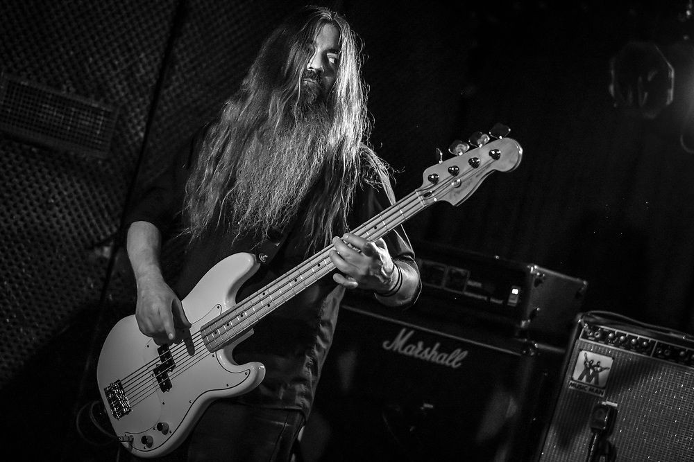 Todd Cook playing bass for American post-rock singer-songwriter Emma Ruth Rundle at Nachtleben in Frankfurt
