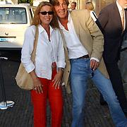 Presentatie magazine Linda., gitarist Ruud Mulder en vrouw