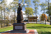 Galena Illinois USA, Statue of first lady Julia Dent Grant in the background is the home of civil war general and 18th president Ulysses S. Grant. October 2006