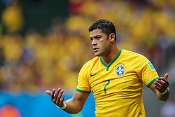 Hulk na partida entre Brasil x Camarões, válida pela fase de grupos da Copa do Mundo 2014, no Estádio Mané Garrincha, em Brasíia. FOTO: Jefferson Bernardes/ Agência Preview