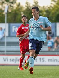 Jakob Moseholm (FC Helsingør) under træningskampen mellem FC Helsingør og IS Halmia (Sverige) den 24. juli 2012 på Helsingør Stadion (Foto: Claus Birch).