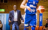 BLNO Basket<br /> Rykkinhallen 01.10.2016<br /> Tromsø Storm - Frøya<br /> <br /> Trener Kenneth Webb