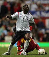 Photo: Paul Thomas.<br /> England v Macedonia. UEFA European Championships 2008 Qualifying. 07/10/2006.<br /> <br /> Man of the match Ledley King in action.