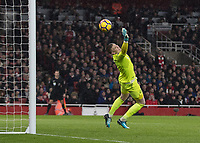 Football - 2017 / 2018 Premier League - Arsenal vs. Everton<br /> <br /> Jordan Pickford (Everton FC ) is powerless to stop the long range drive from Aaron Ramsey (Arsenal FC) at The Emirates.<br /> <br /> COLORSPORT/DANIEL BEARHAM