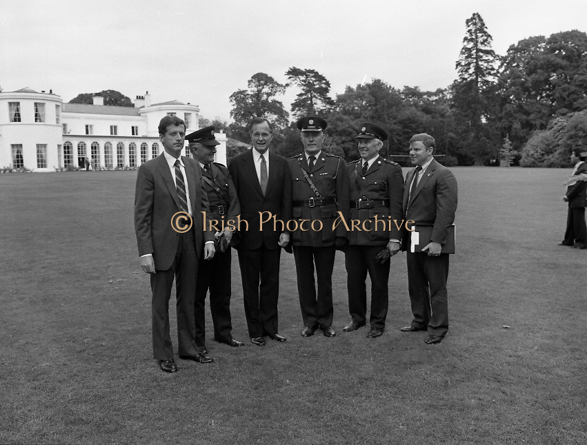 1983-07-05.5th July 1983.05-07-1983.07-05-83..Photographed at US Embassy Residence, Dublin..Third from left:..US Vice President George Bush.