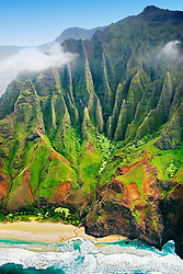 Kalalau Beach, the end of the 11 mile hiking trail, Na Pali coast, Kauai, Hawaii, Pacific Ocean