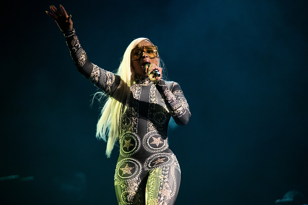 Mary J. Blige performing at the Fiserv Forum in Milwaukee, WI.