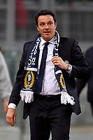 Massimo Oddo, Udinese coach, receives scarf from Lazio supporters.<br /> Roma 24-01-2018  Stadio Olimpico<br /> Campionato Serie A, <br /> Lazio - Udinese<br /> Foto Antonietta Baldassarre / Insidefoto