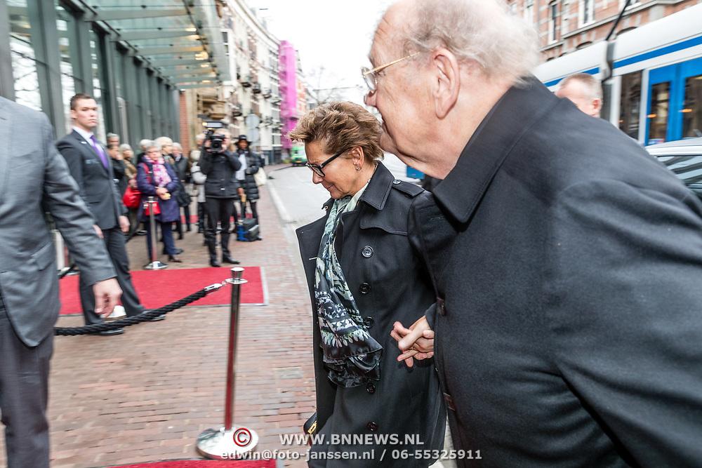 NLD/Amsterdam//20170309 - Herdenkingsdienst Guus Verstraete, Joop van den Ende en partner Janine