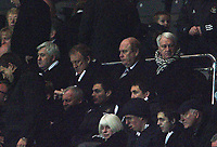 Photo: Andrew Unwin.<br /> Newcastle United v Chelsea. Carling Cup. 20/12/2006.<br /> Newcastle's former manager, Sir Bobby Robson, watches from the Director's box.