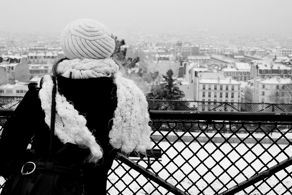 Paris, France. December 17th 2009..Snow Storm in Paris..Place du Parvis du Sacré Coeur (18th arrondissement)