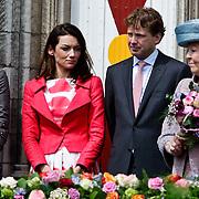 NLD/Middelburg/20100430 -  Koninginnedag 2010, Mabel, Aimee en partner Floris en Beatrix