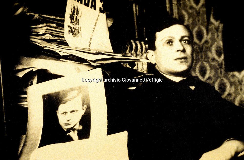 Tristan Tzara<br />archivio Giovannetti/effigie