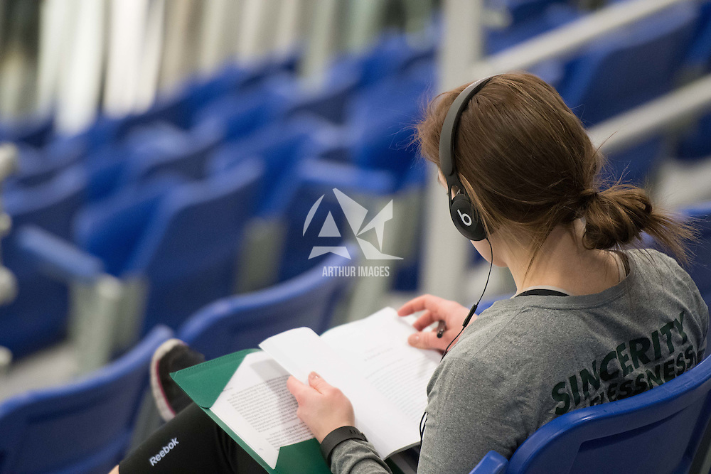 2nd year goalie Jane Kish (31) of the Regina Cougars in action during the Women's Hockey home game on January 7 at Co-operators arena. Credit: Arthur Ward/Arthur Images