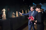 Koningin Maxima opent het Outsider Art Museum in de Hermitage Amsterdam, waar onder meer kunstenaars met een verstandelijke beperking of psychiatrische achtergrond exposeren. <br /> <br /> Queen Maxima opens the Outsider Art Museum in the Hermitage Amsterdam, where among other artists exhibit with intellectual disabilities or mental illness.