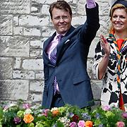 NLD/Middelburg/20100430 -  Koninginnedag 2010, Constantijn zwaaiend