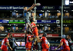 Shane Lewis-Hughes of Cardiff Blues claims the lineout<br /> <br /> Photographer Simon King/Replay Images<br /> <br /> European Rugby Challenge Cup Round 2 - Cardiff Blues v Leicester Tigers - Saturday 23rd November 2019 - Cardiff Arms Park - Cardiff<br /> <br /> World Copyright © Replay Images . All rights reserved. info@replayimages.co.uk - http://replayimages.co.uk