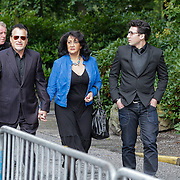 NLD/Leusden/20120920- Uitvaart Joop van Tellingen, George Baker en partner Blanche en zoon